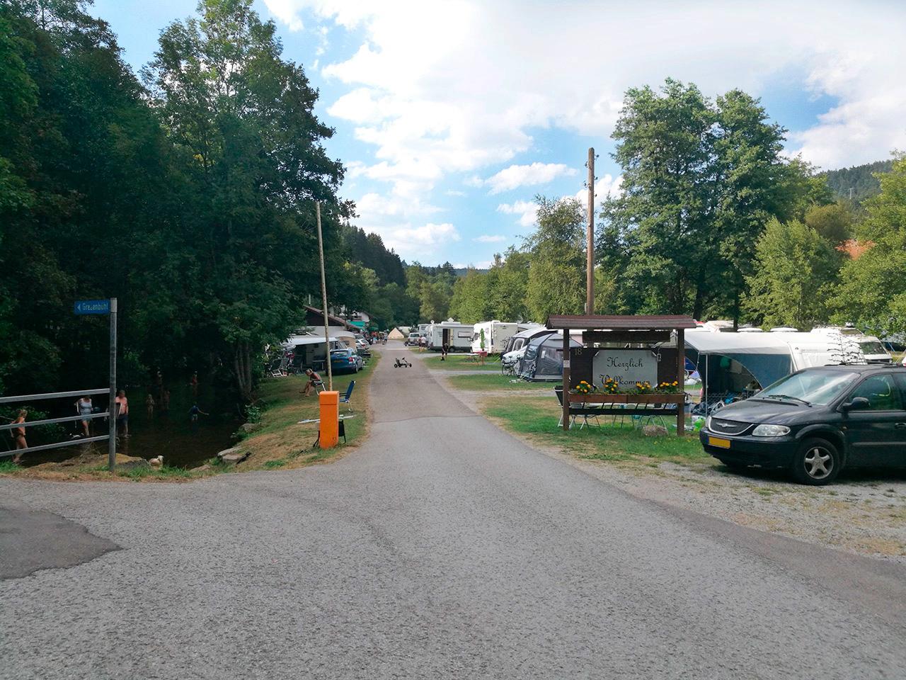 Camping Alpirsbach / Einfahrt